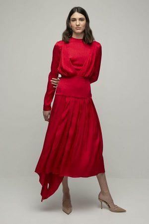 Materiel rojo con falda plisada manga larga midi 1